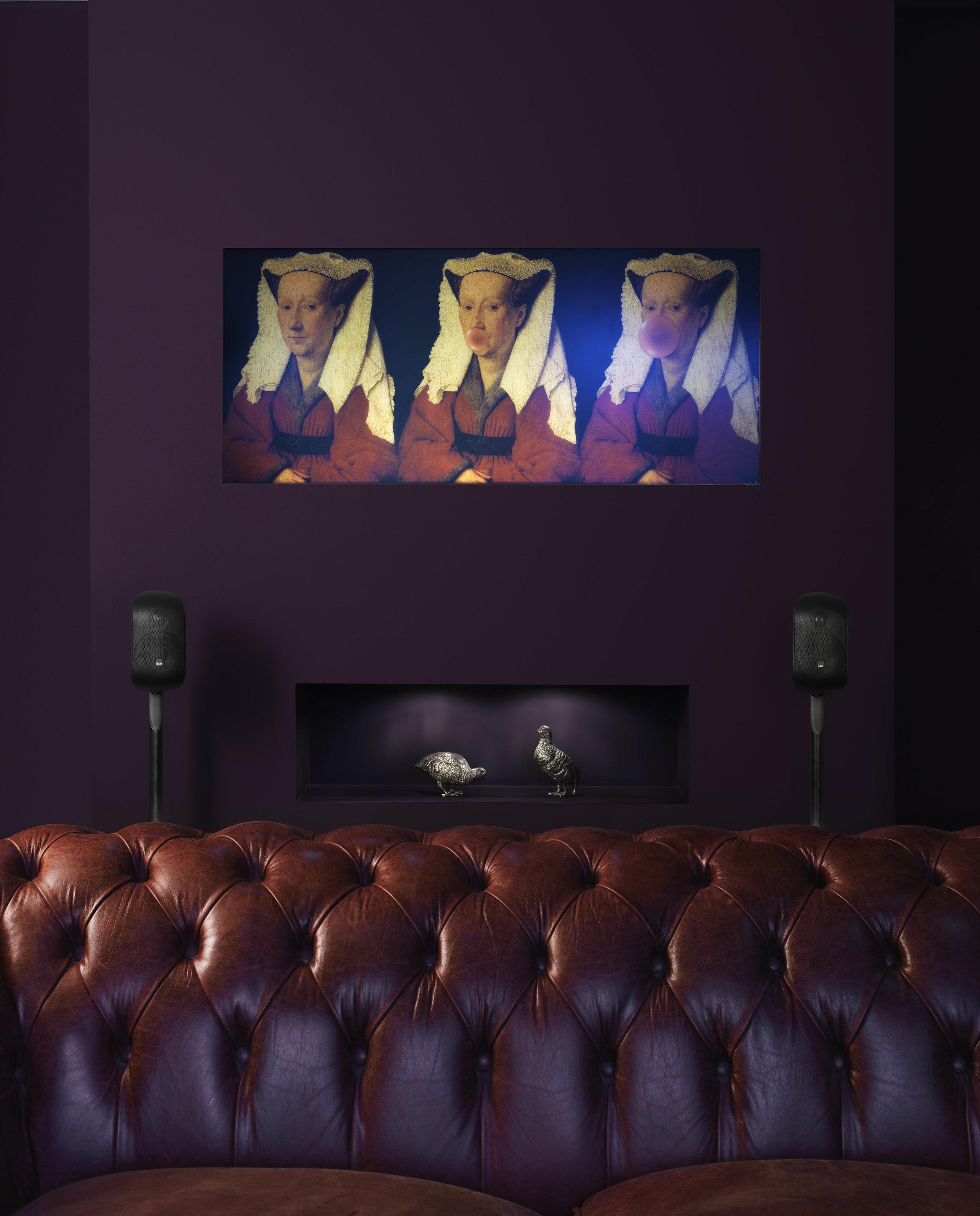 m-1-black-stereo-living-room.jpg