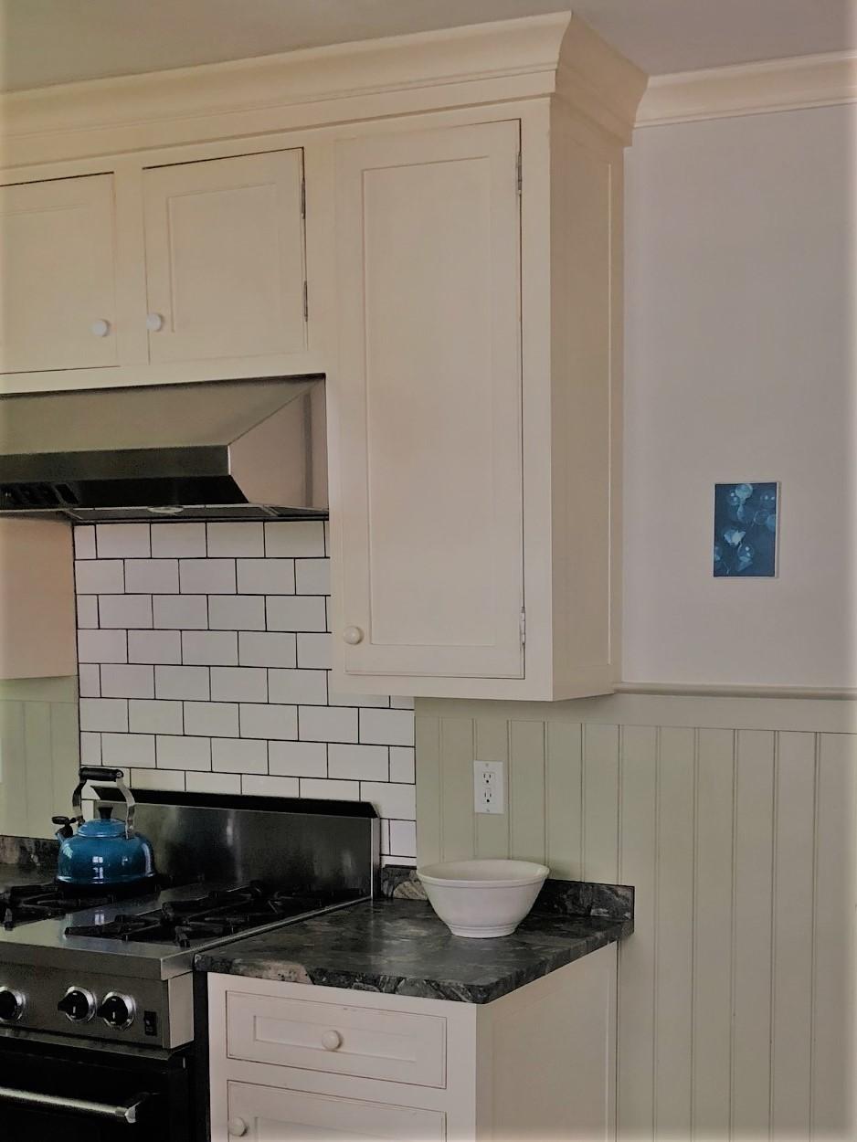 15. Kitchen 3 Sauna cropped.jpg