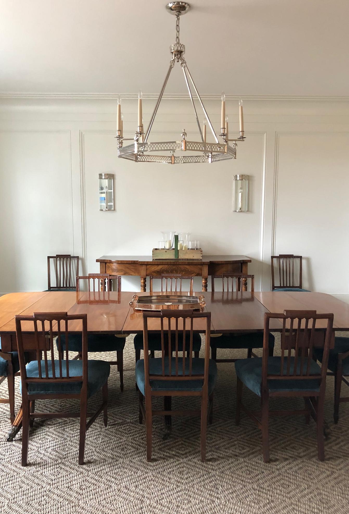 25 Dining Room.jpg