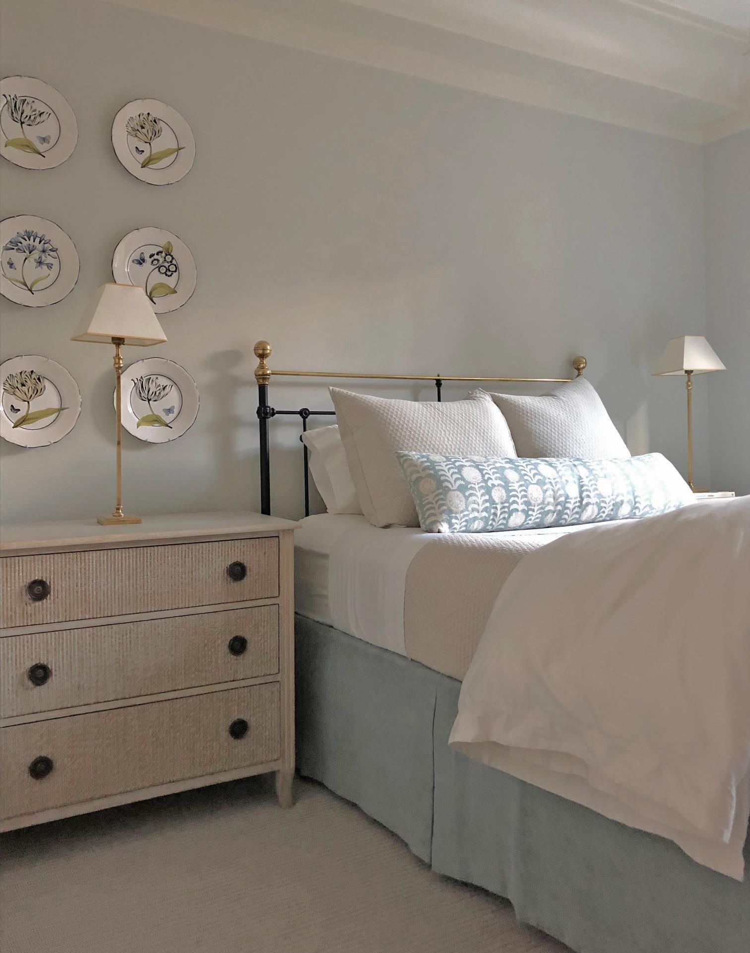 49 bedroom.jpg