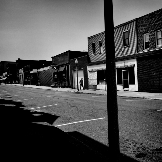 Calumet, MI. Calumet is a town in Houghton County, Michigan. The population is 6,489 and 21.4% live below the poverty level.