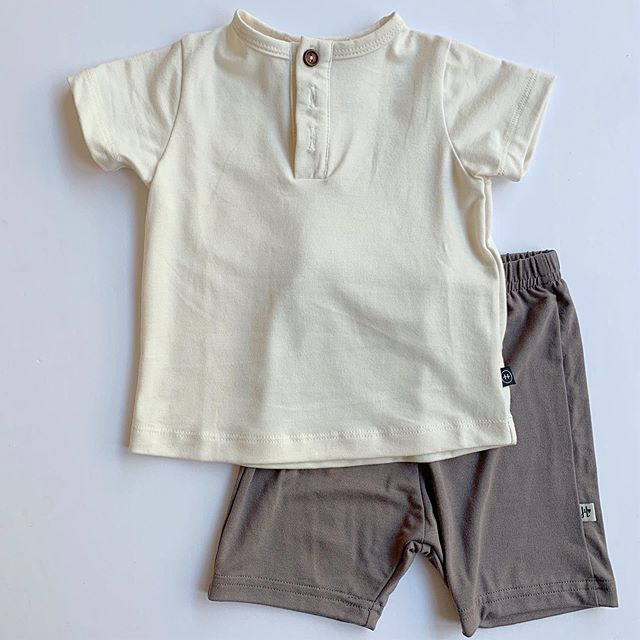 Easy outfits that look good... that's what summer is about.  Henley top is versatile and high quality dress it up for church or down for the park 😉 . . . . . . . . . . . . . . . . . . . . . . . . . . . #shoplocallabel #instore #haven #organic #jaxandlennon #bamboocotton #easy #summer #fortworthbaby