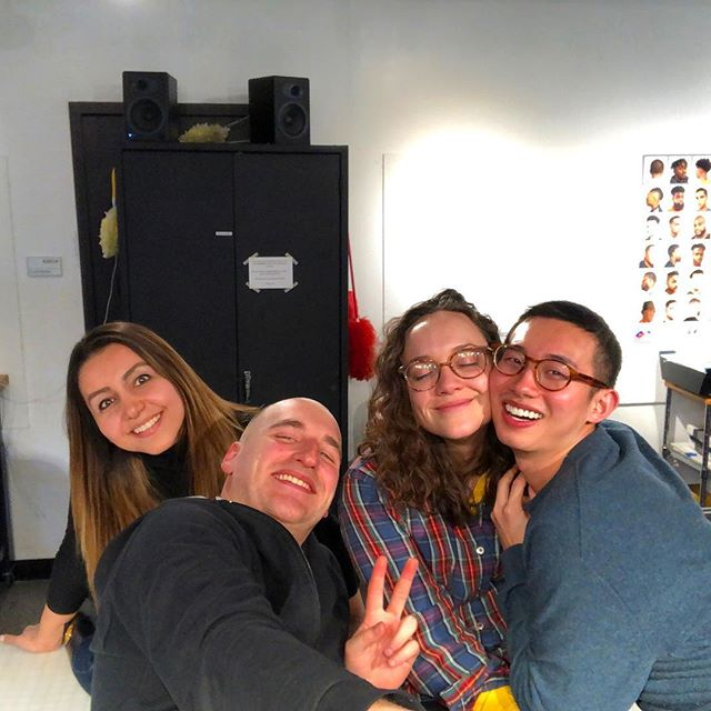 Hey it's us the first year grads! Just chilling in the lab on a Friday! 😘 #friday #friyay #photography #massart #justchilling #justgoofin #gradschool #radschool #dadschool? #nawjk #springhassprung #classof2020  @jenmeowson @harlaaaaaan @zhangzhidong_ @afiartwork