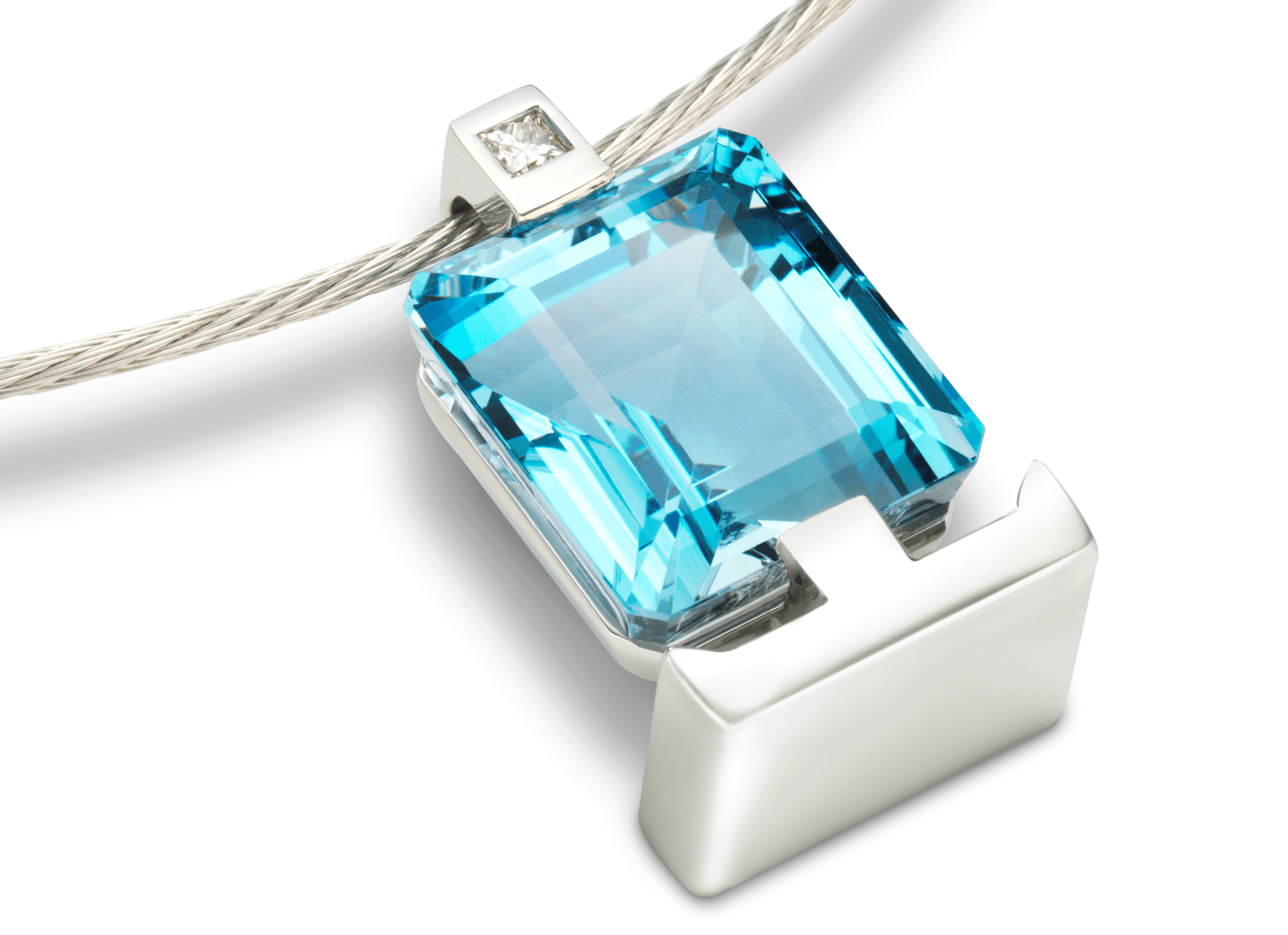 Pendentif Meeta or blanc  Aigue-Marine et diamant  fond noir.png