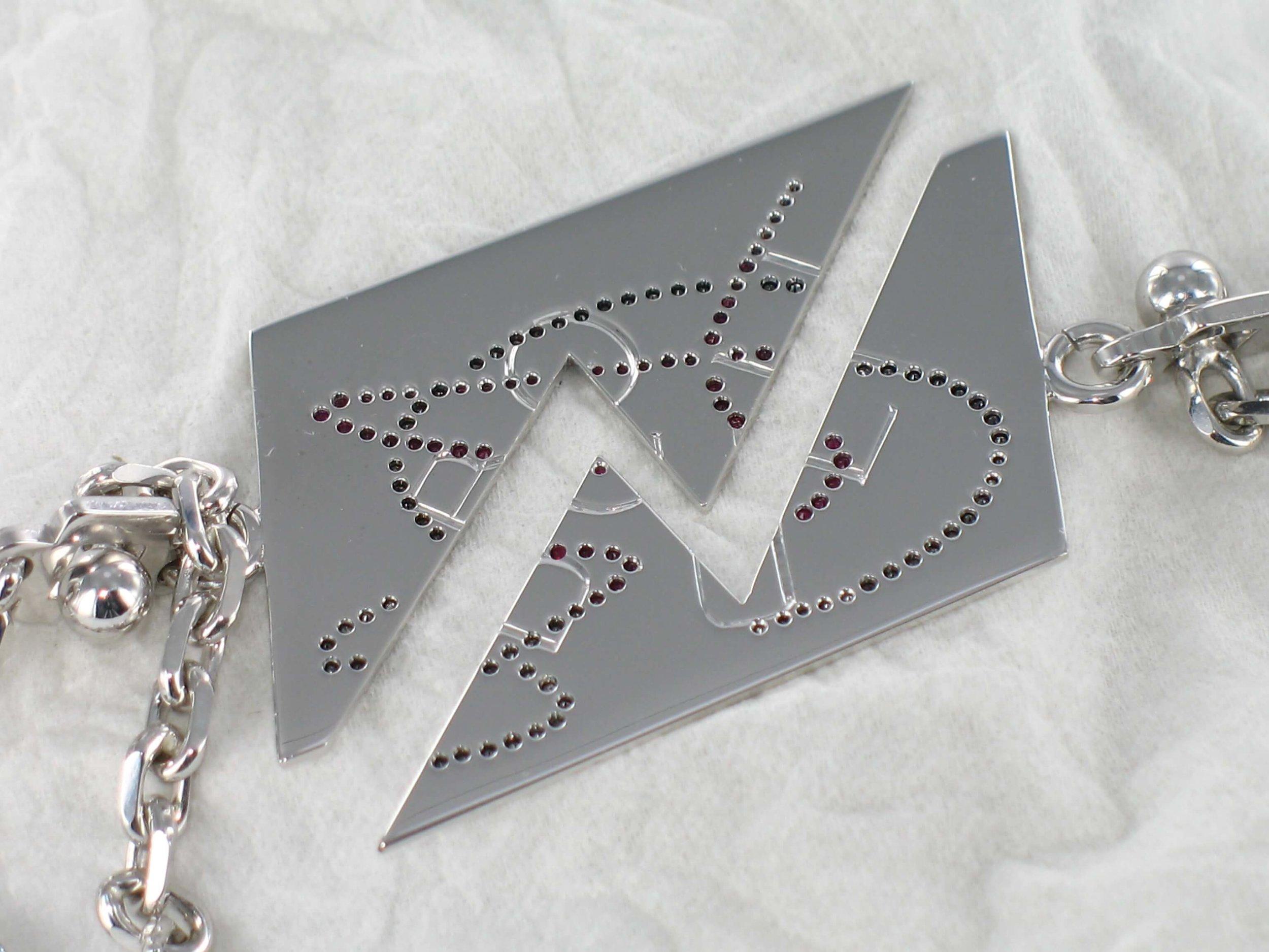 Porte clefs Delphine & Vanessa 1.jpg