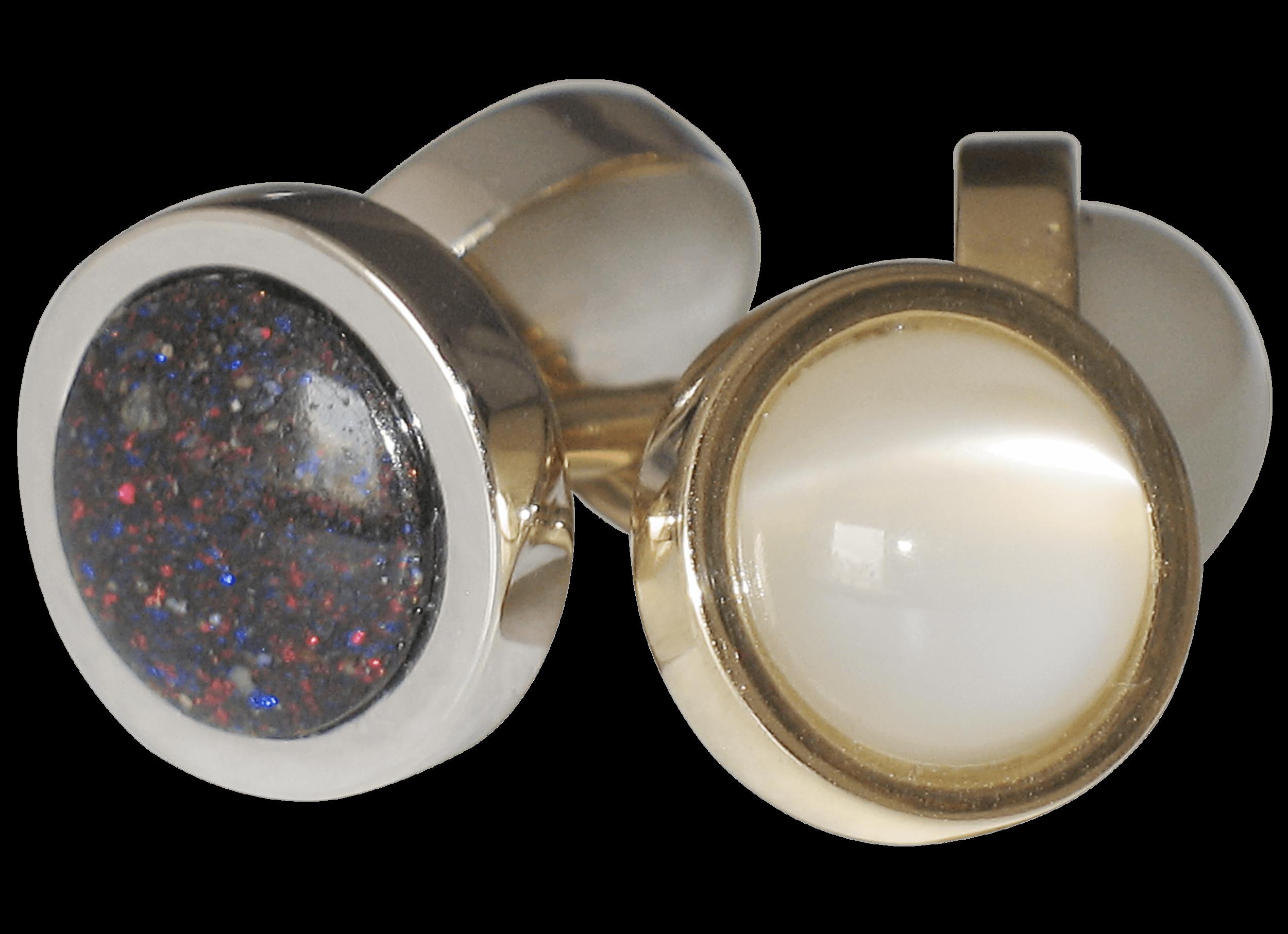 Boutons de manchette - Or blanc, or jaune, pierres de Lune et Opales.