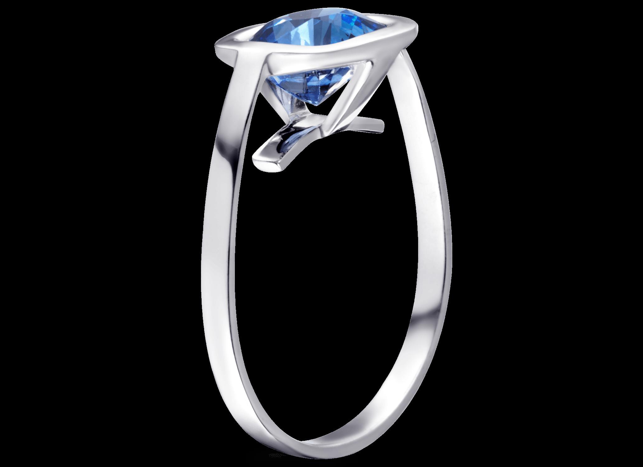 Bague Cha or blanc et saphir bleu coussin 2,05 carats perspective PNG web.png