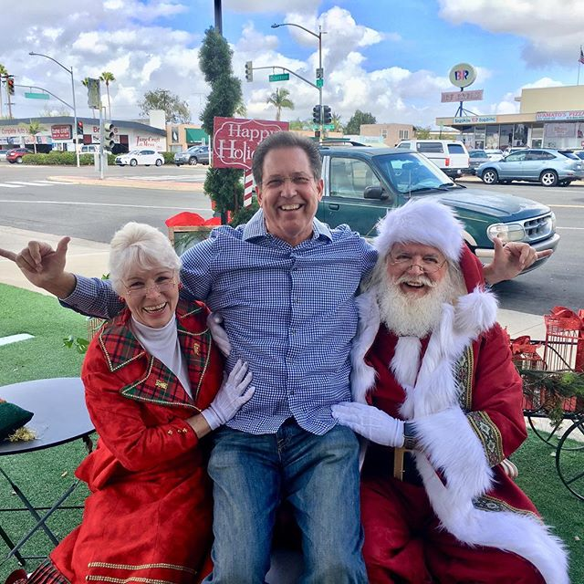 Come join us Santa and Mrs are here!!! Happy Holidays! 15% off everything including holiday orders#lamesa #elcajon #lamesachamber #nextdoorlamesa #lamesavillage #helixhighschool #bouffant #thehillspub #grossmonthighschool #grossmonthospitalfoundation#grossmont