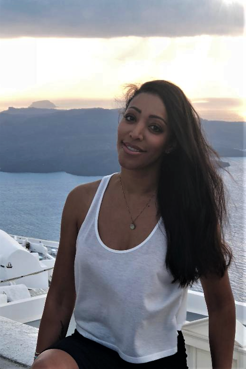 Telia DeBoyes, MD - Medical School: UCLA School of MedicineResidency: Harbor UCLA Medical CenterYear Joined: 2018Special Interests: Travel