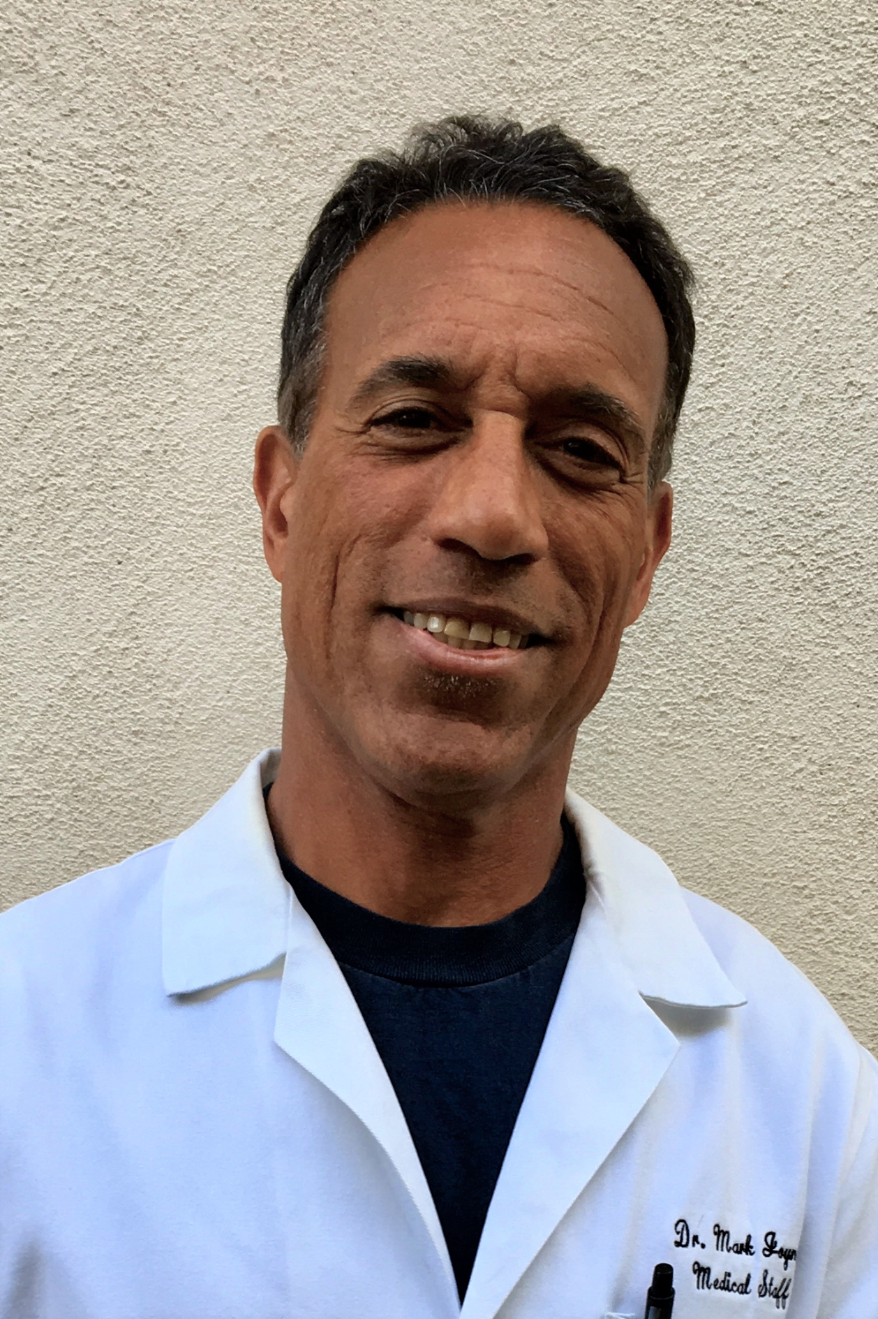 Mark Joyner, MD - Medical School: Michigan State UniversityResidency: Cook CountyYear Joined: 1992Special Interests: Surfing, Biking, Travel
