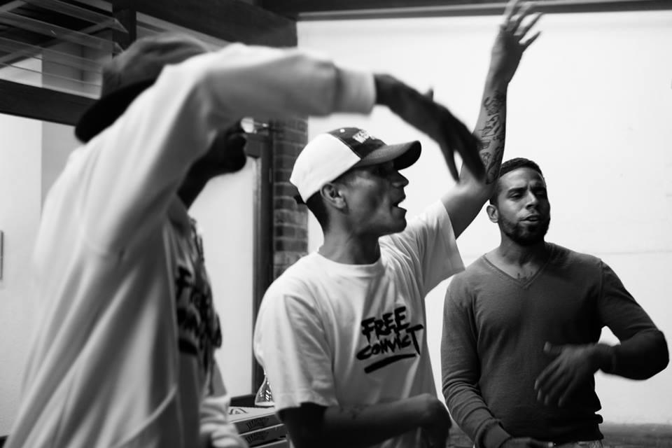 Free Convict es un grupo de rap fundado por prisioneros en la Penitenciaría General de Venezuela. (Presentado por Free Convict)