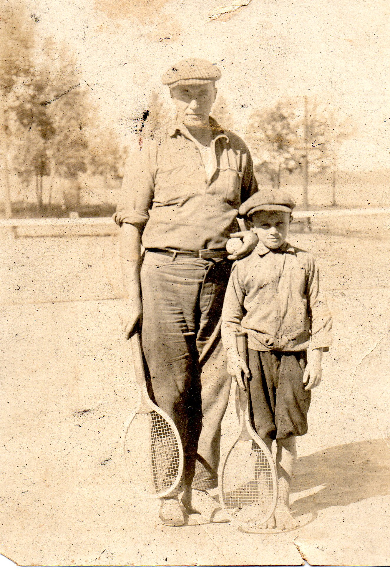 James Durkin & unknown child. James Durkin was the director for Lakewood Theater during the summers of 1901, 1902, 1908 & 1918