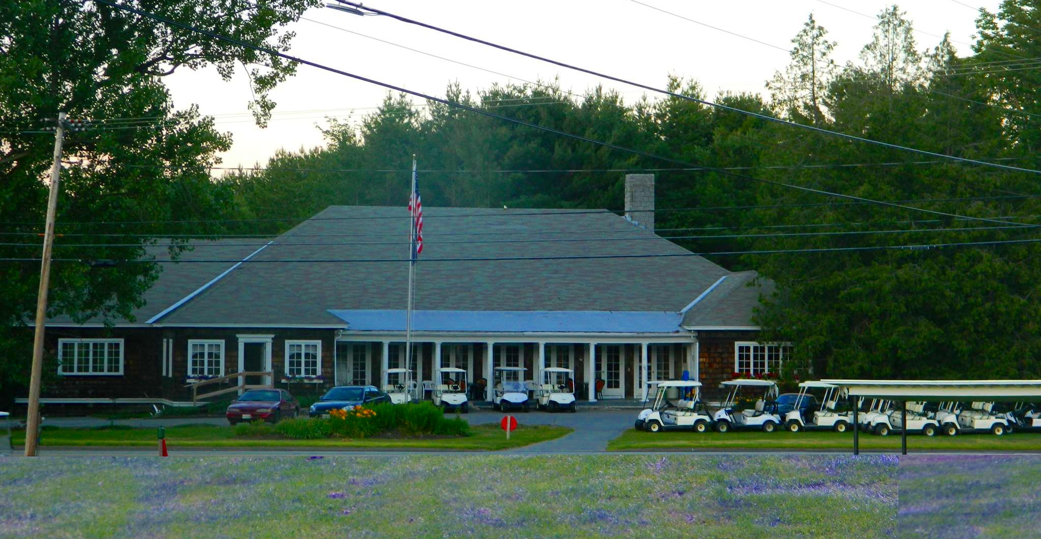 Lakewood Golf Course Club House - Photo from www.lakewoodgolfmaine.com