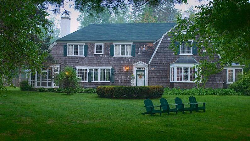 The Colony House Inn - Photo from www.colonyhouseinn.com