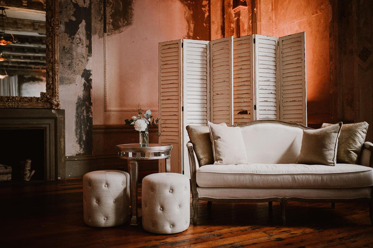 89429-romantic-winter-wedding-at-the-george-ballroom-by-caroline-sada-photography.jpg
