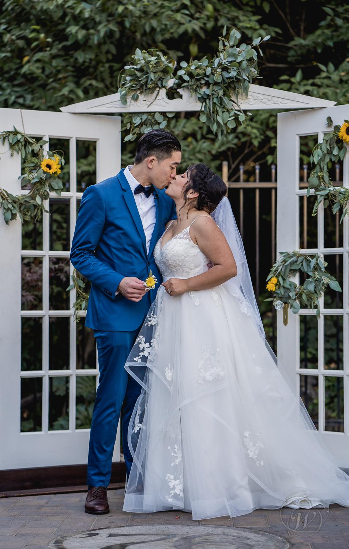 2018.10.20_Derrick-Vanessa_Wedding_181.jpg