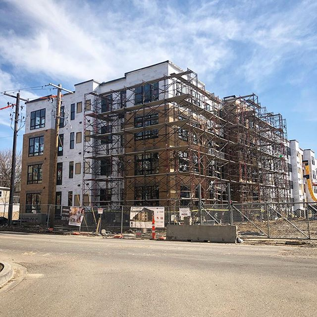 You're looking at 121 affordable apartments under construction. 🔨 🏗 🏠  Millberry Apartments is located at 700 Emerald Street SE in the St. Anthony Park neighborhood. The building is being developed by Dominium and was designed by Minneapolis-based BKV Group.  When the $38 million project is complete in Fall 2019 the building will offer one, two, and three-bedroom apartments. Amenities within the project will include a community room, modern fitness center, underground heated parking and more. - - - - - #millberryapartments #affordablehousing #apartments #residential #prospectpark #dominium #bkvgroup #newdevelopment #newbuildings #construction #buildings #architecture #design #development #saintpaul #stpaul #stpauldevelopment #realestate #stpaulrealestate #stpaulconstruction #mn #minnesota #tdtstp #thedevelopmenttracker