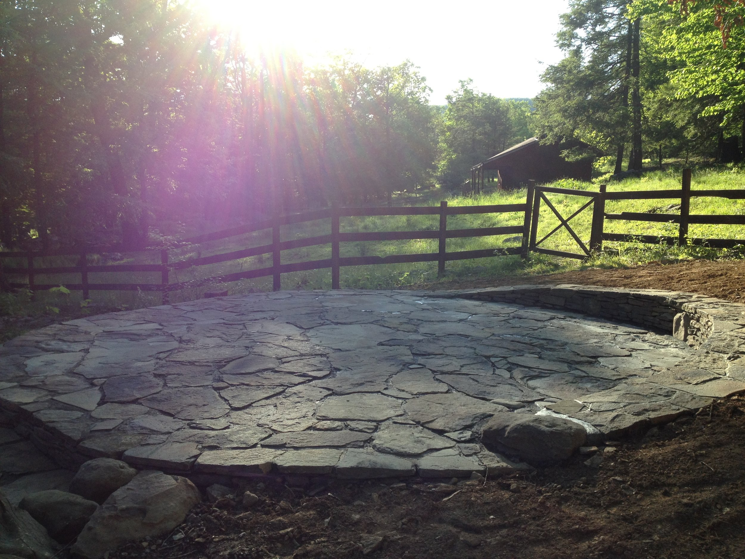 LIGHT IN THE Stone PATIO.JPG