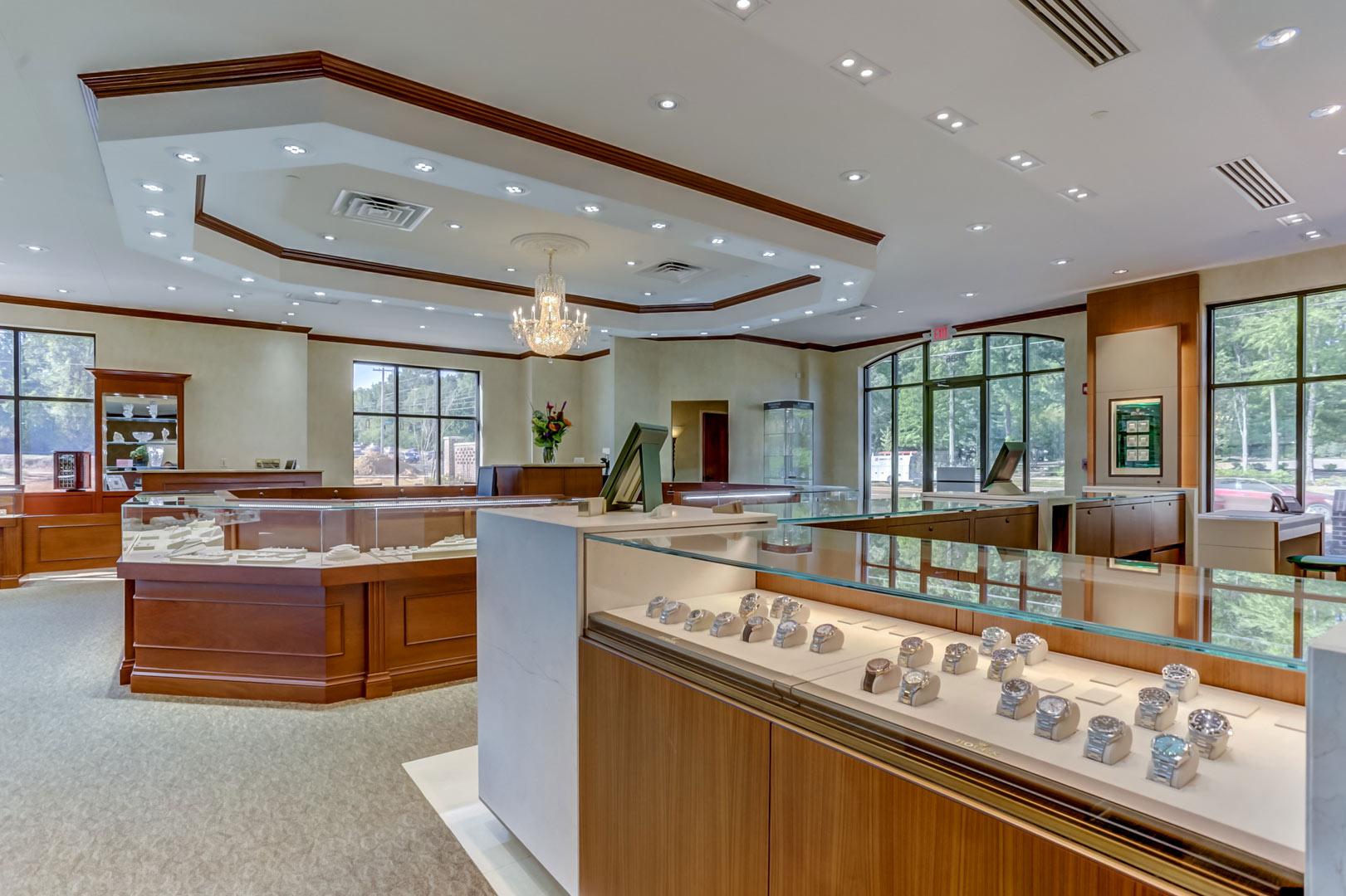 Albertine-Commercial-Bob-Richards-Jewelers-14.jpg