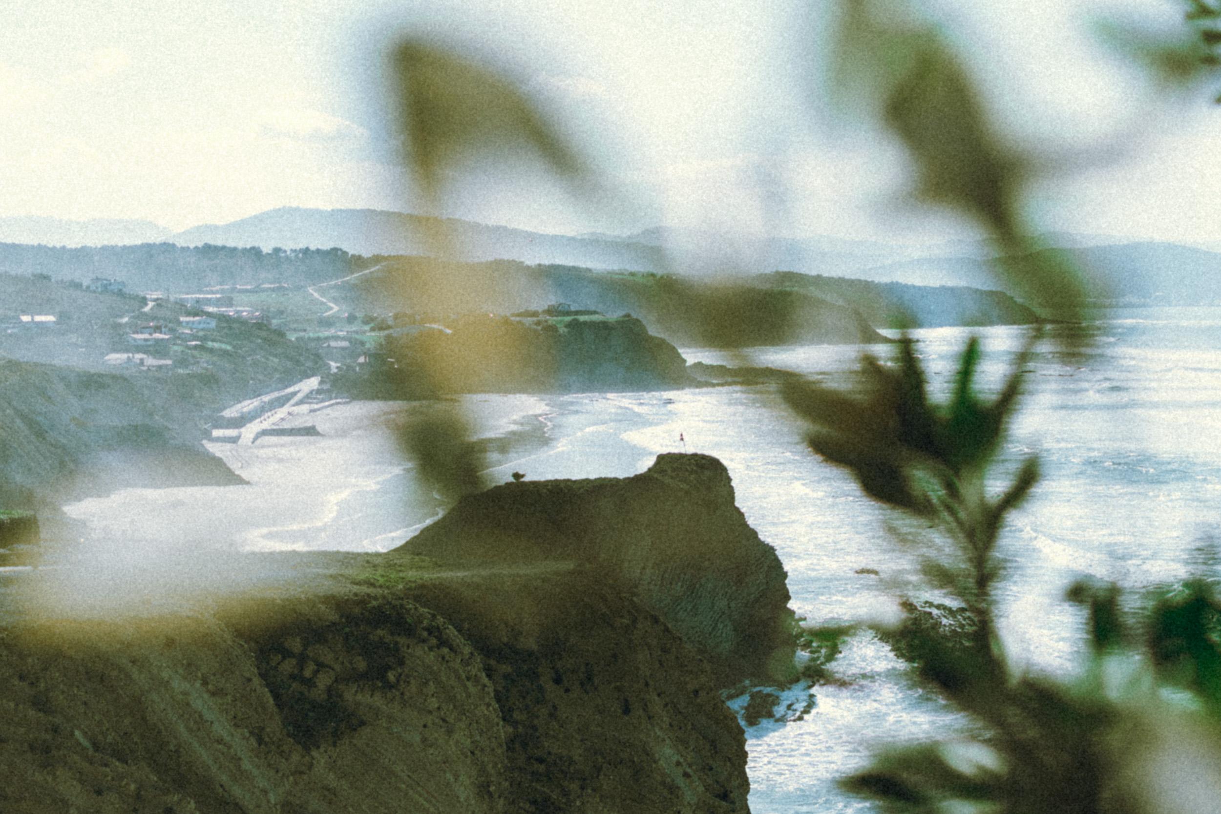 sopelana cliff.jpg