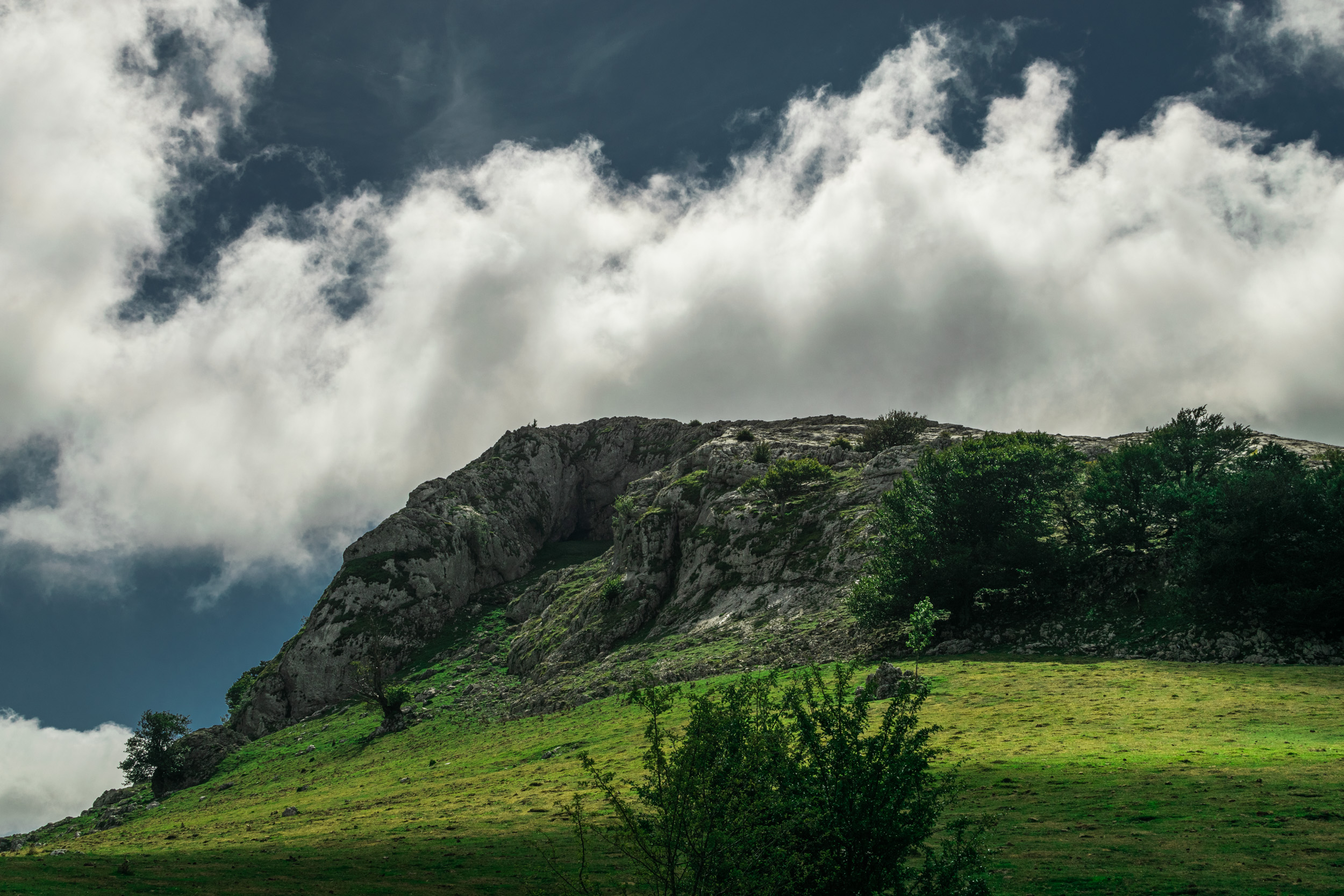 dramatic clouds in Mountain
