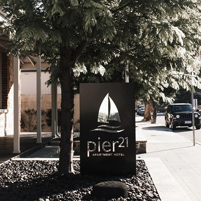 Welcome to your home away from home⠀ .⠀ .⠀ .⠀ #pier21fremantle #perthhotel #fremantlehotel #infreo #freolife #northfremantle #fremantle #perthhlife #hotel #hotelview #staycation