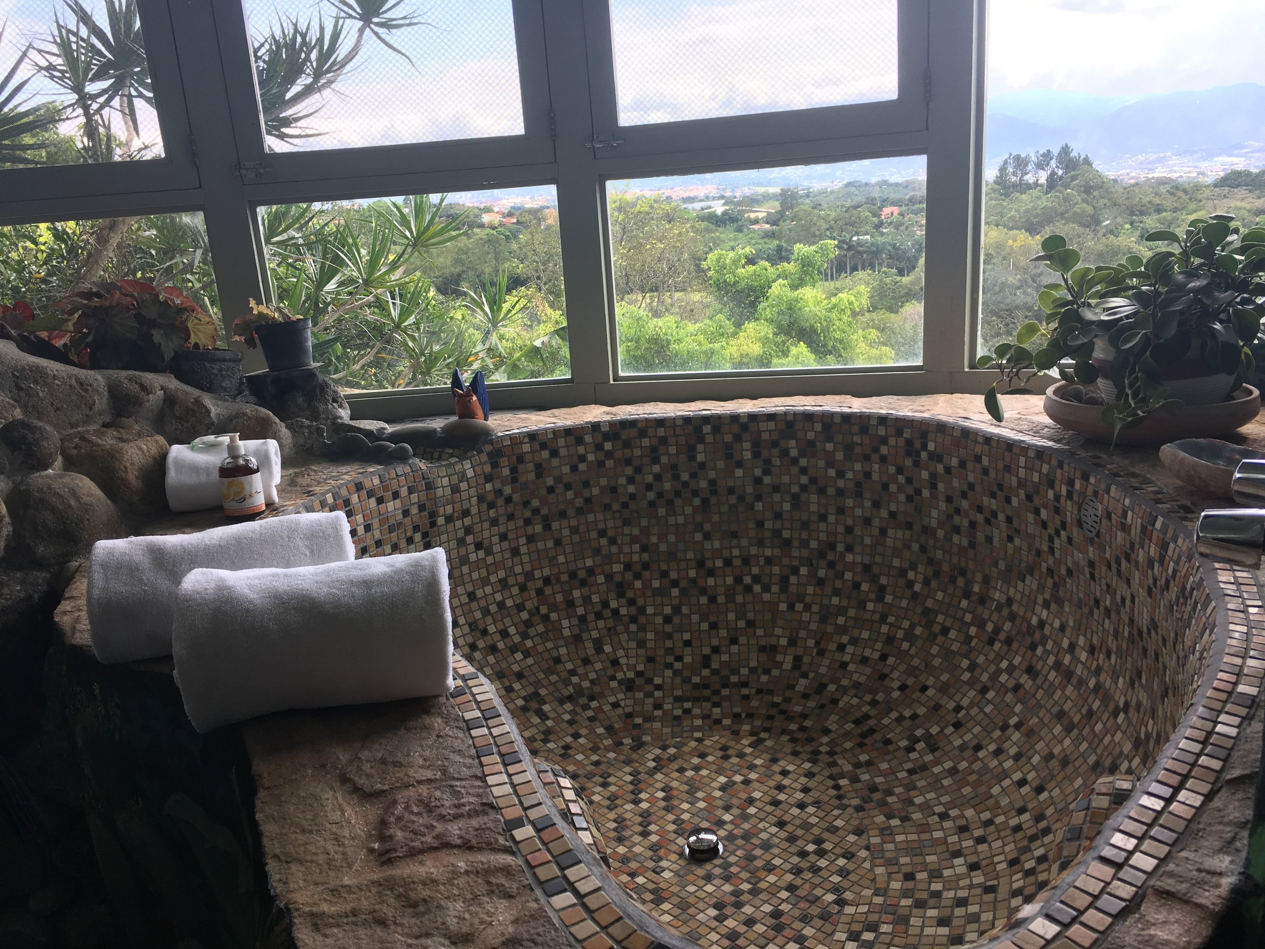 The most amazing tub I have ever seen!