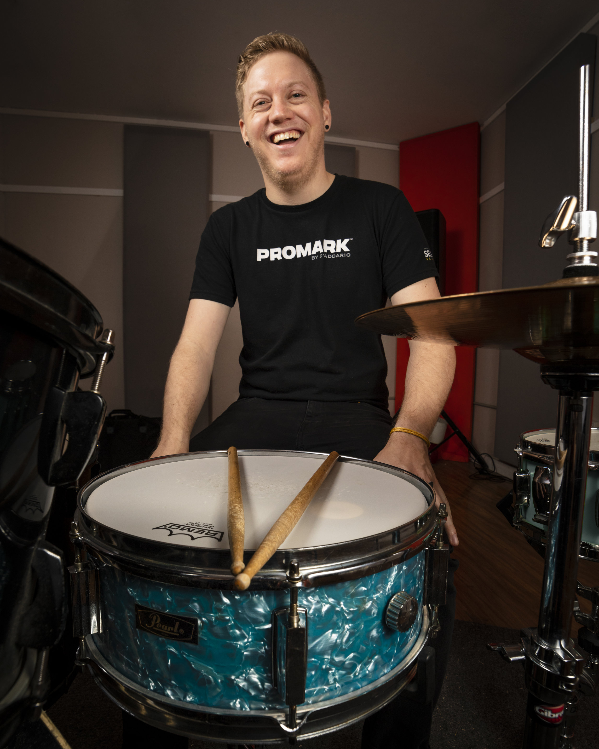 The Go Mad Story - Go Mad Drumming started in 2013 as a research study on ADHD and drumming. It has since evolved into a fully developed and tested drum course, available in 2 complete versions - ADHD & Typical.Learn more about Go Mad and our Tutors ➝