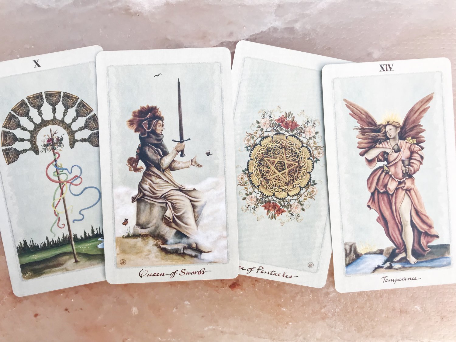 READINGS - Understand the gifts of your astrological birth chart, or get deeper insight on a challenging situation such as a career change.