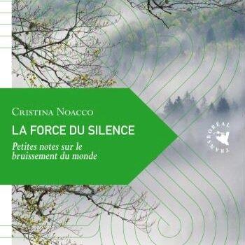 La force du Silence - Cristina Noacco, nous invite à décrypter la beauté du silence. En réponse au déferlement contemporain d'images et de sons, de sollicitations et d'agitation, cette vacance du bruit est l'alpha et l'oméga, le trait d'union entre tout ce qui existe, la part d'éternel qui côtoie le murmure de la vie.