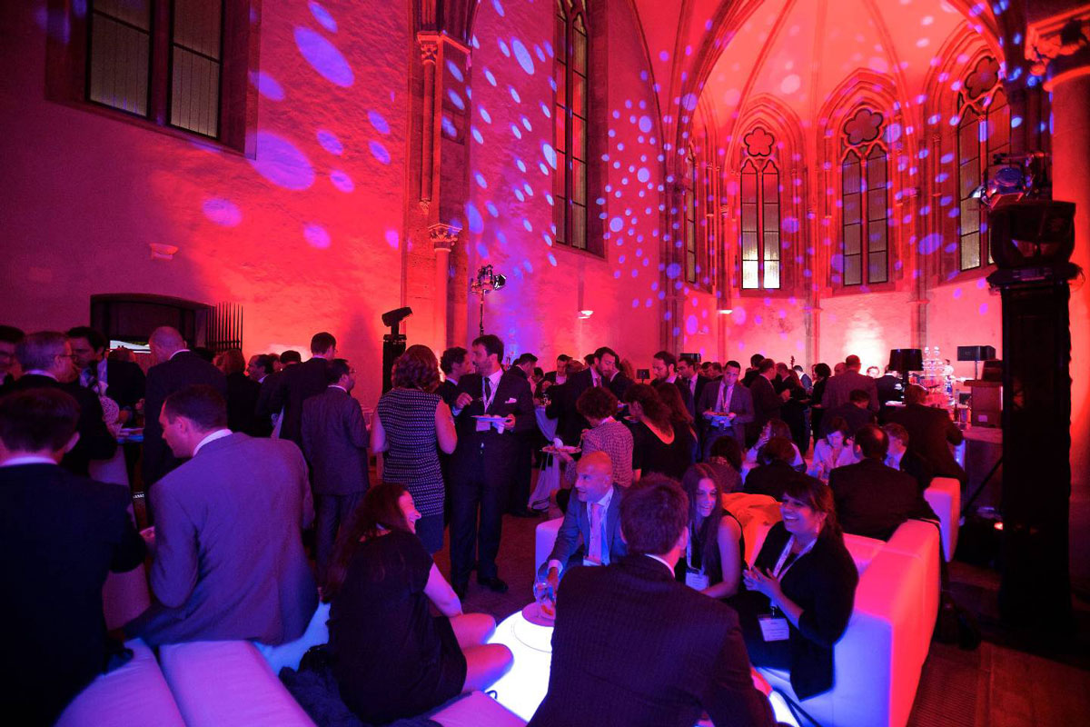 INCON-Wallpaper-AIM-Prague-Gala.jpg