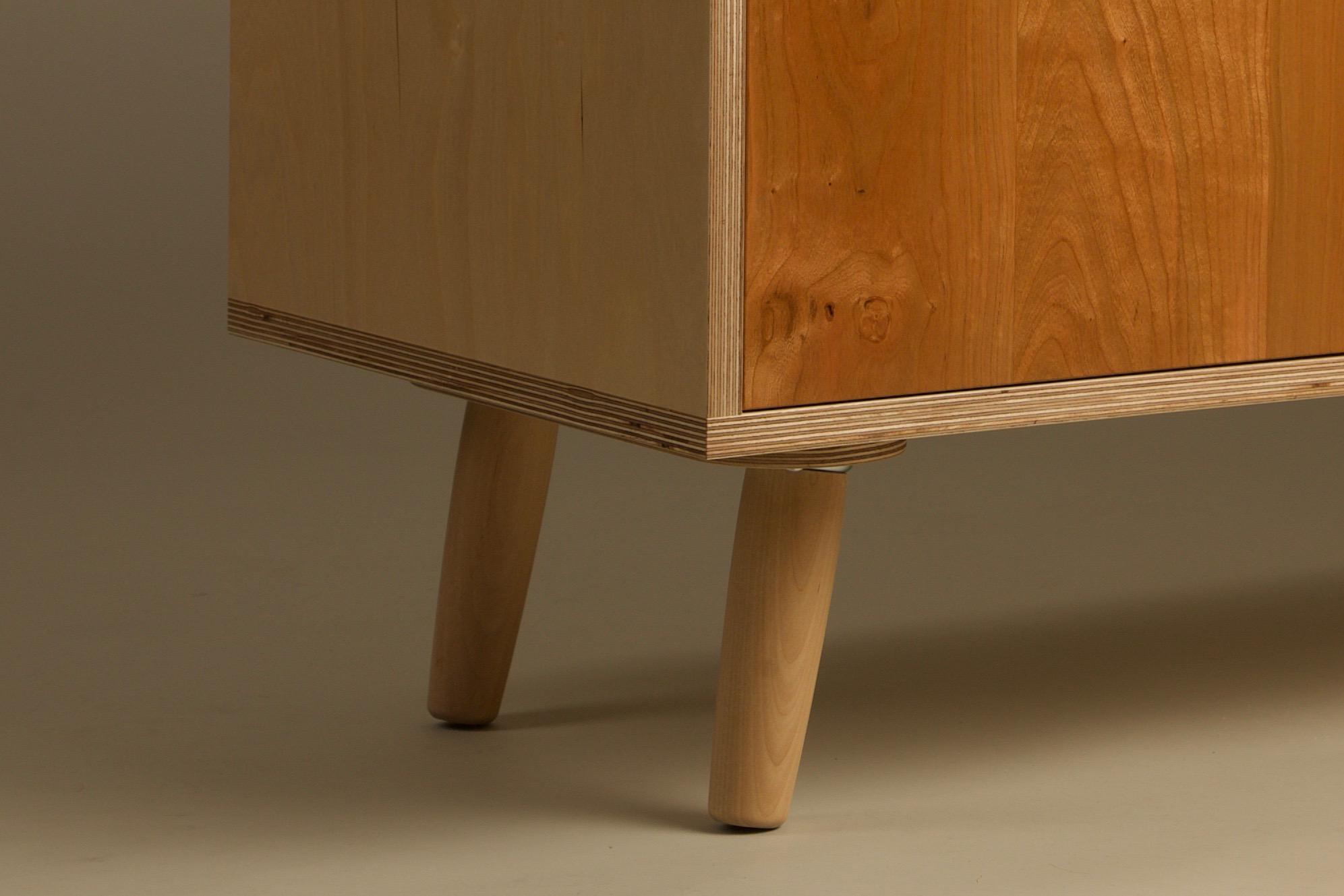 W1 Legs.jpg