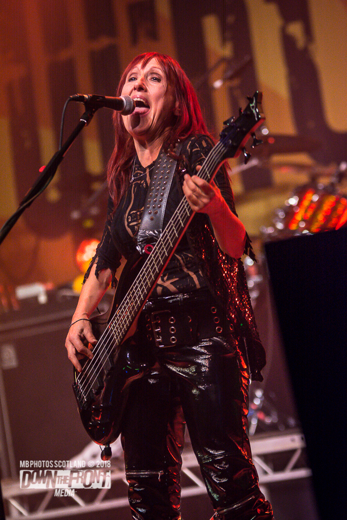 Girlschool4238.jpg