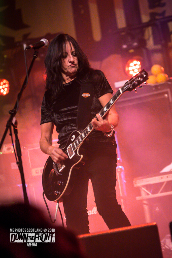 Girlschool4250.jpg