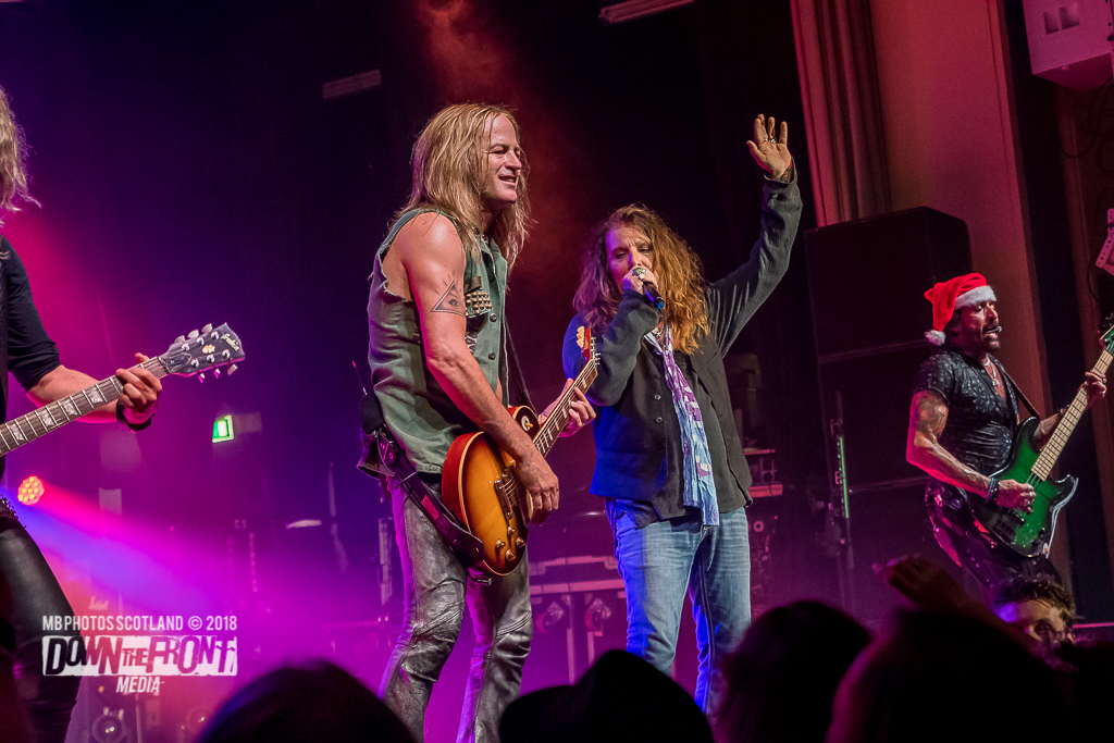 The Dead Daisies9832.jpg