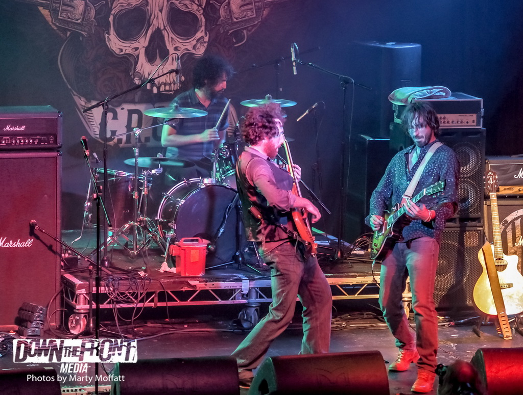 willie-and-the-bandits09_resize.jpg