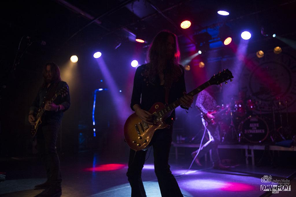 Brian Downeys Alive & Dangerous 03.jpg