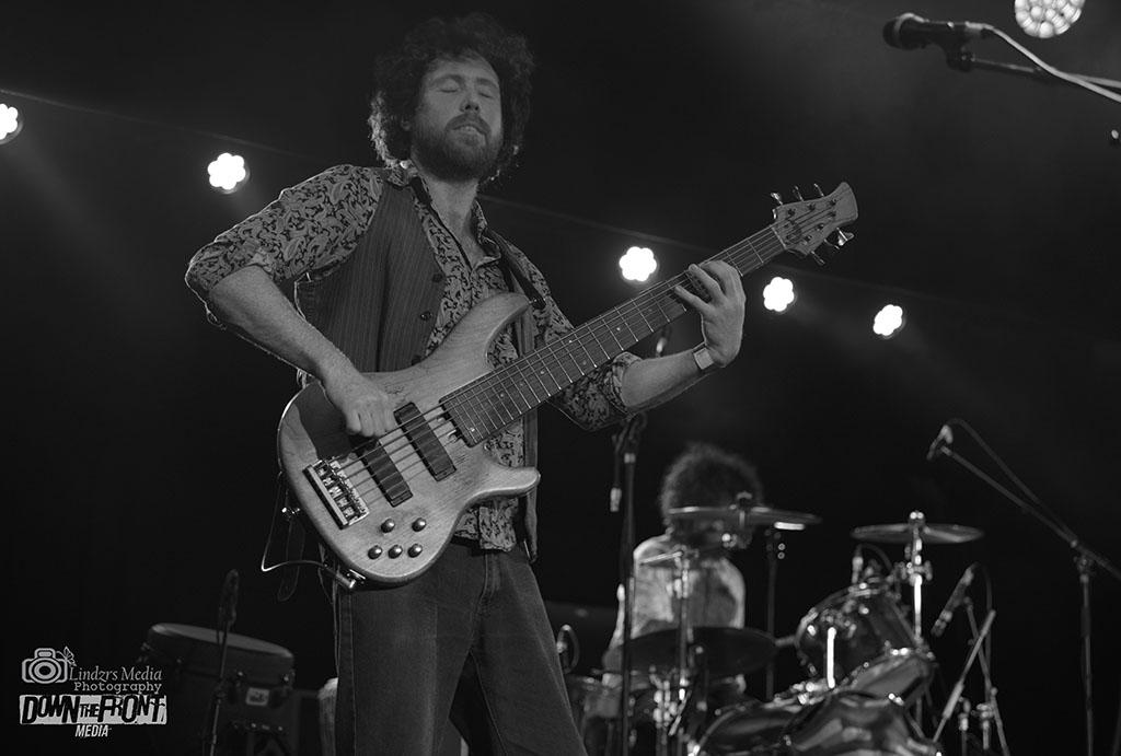 Willie & The Bandits 02.jpg