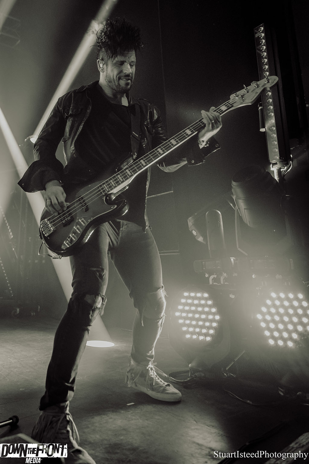 Papa Roach-4.JPG
