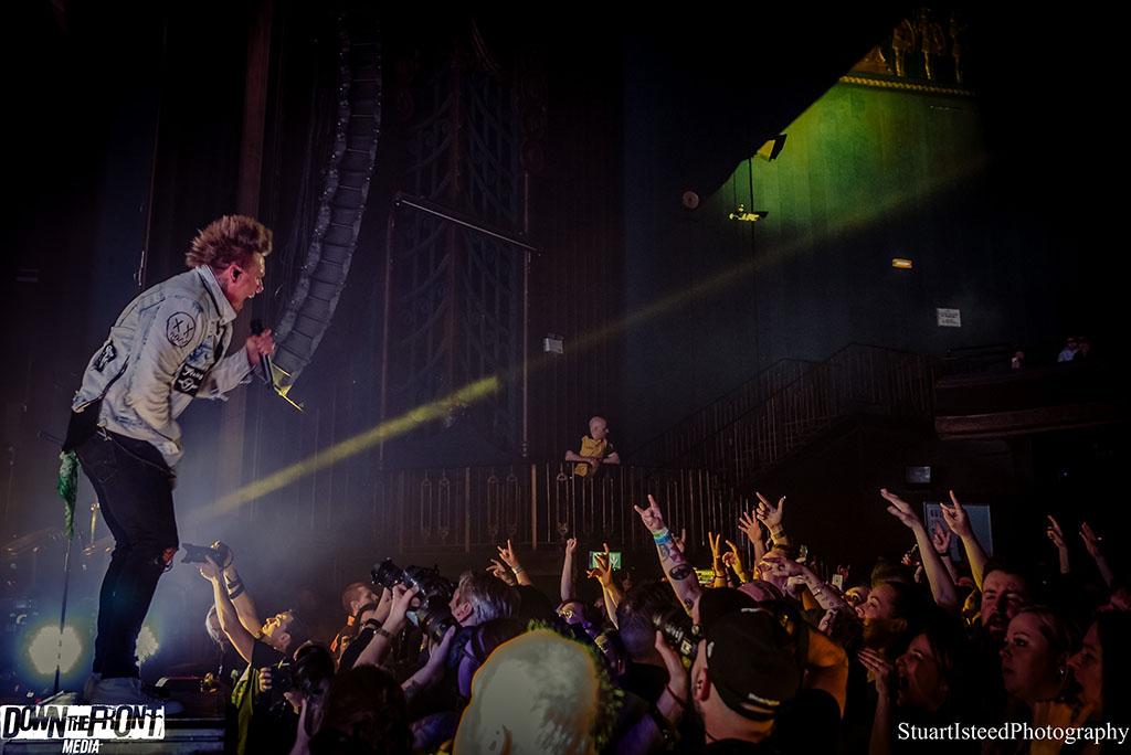 Papa Roach-27.JPG