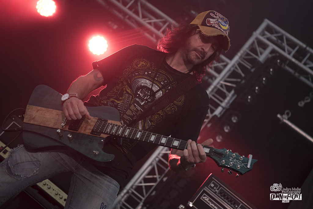 Outlaw Orchestra 08.jpg