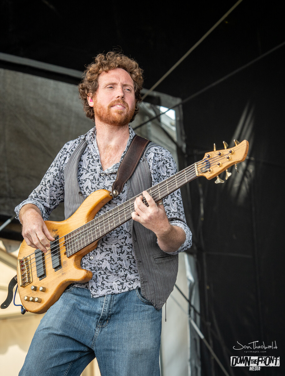 Wille and the Bandits-6.jpg