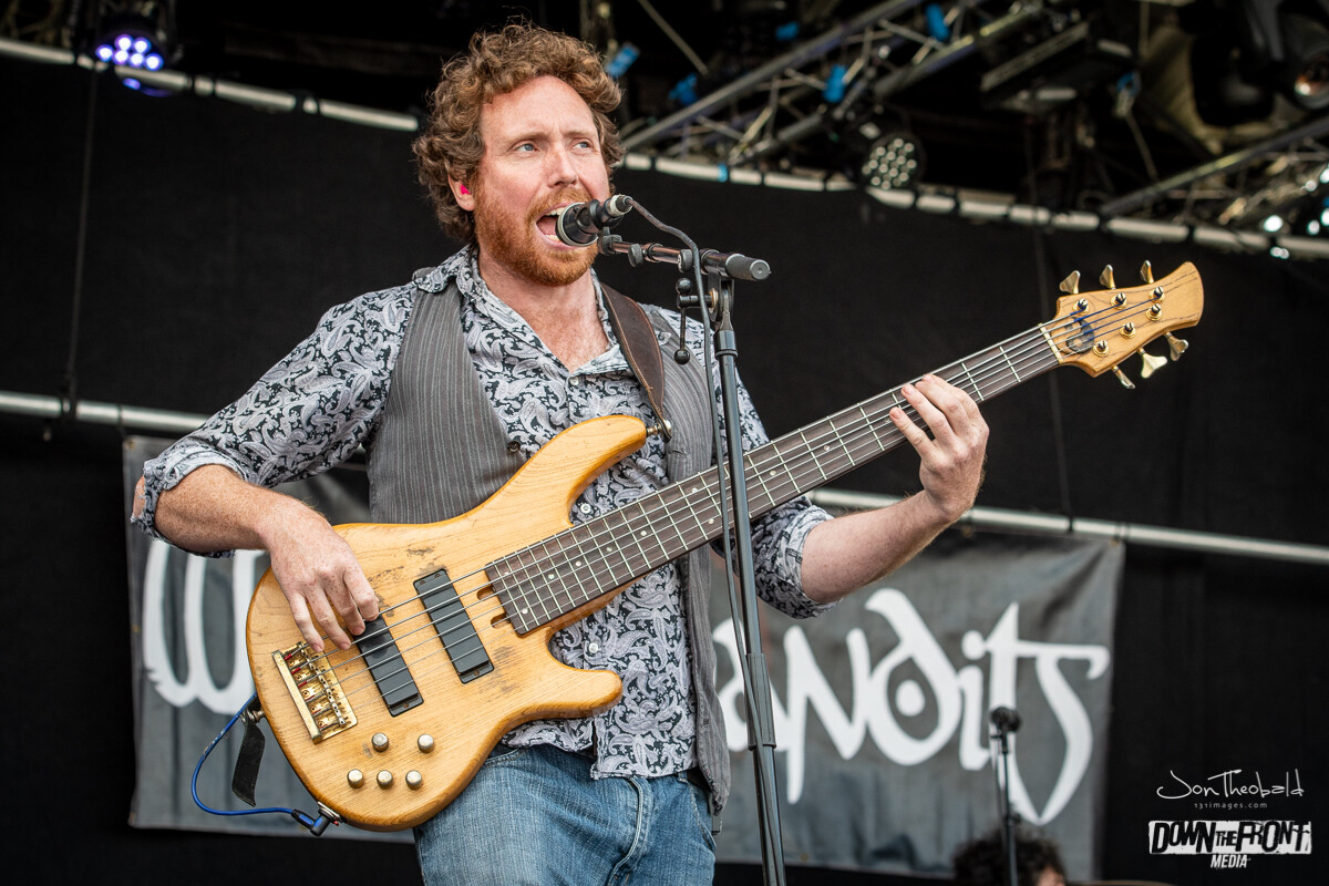 Wille and the Bandits-8.jpg
