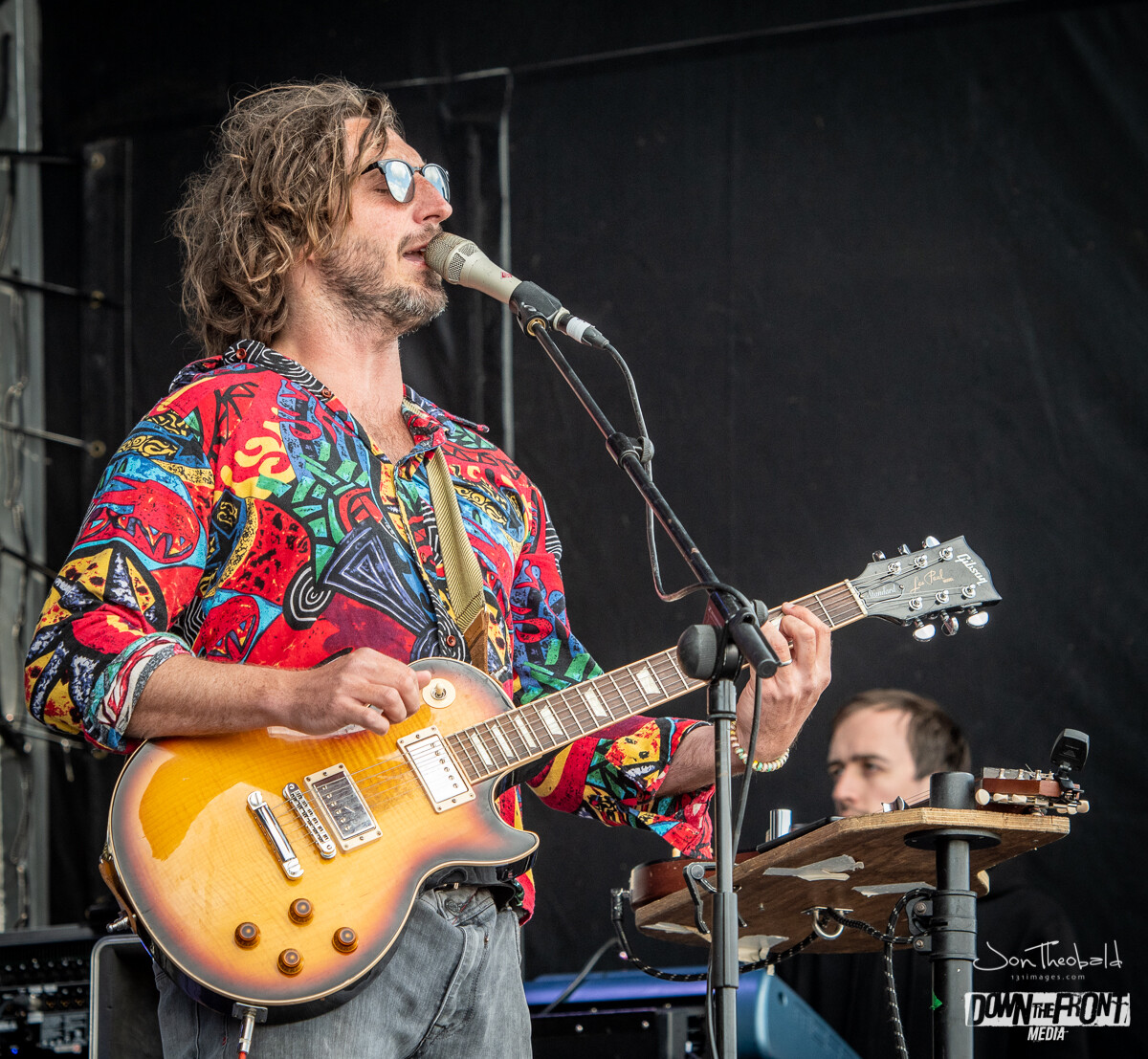 Wille and the Bandits-13.jpg