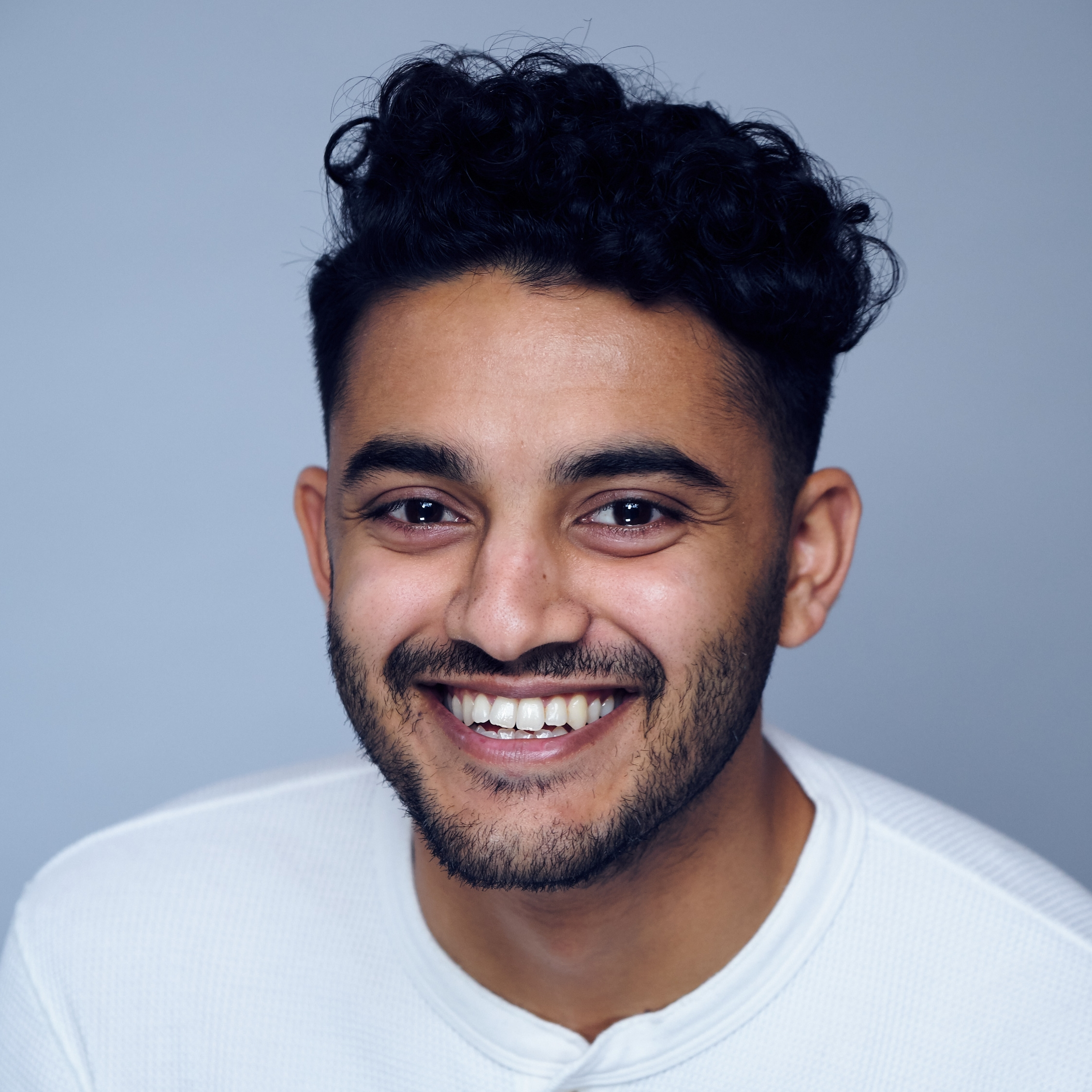 Ravi parekh - Investment AssociatePreviously Assistant Manager at Deloitte. 3 years' experience in investment management and private equity. First Class BSc Mathematics from University College London.