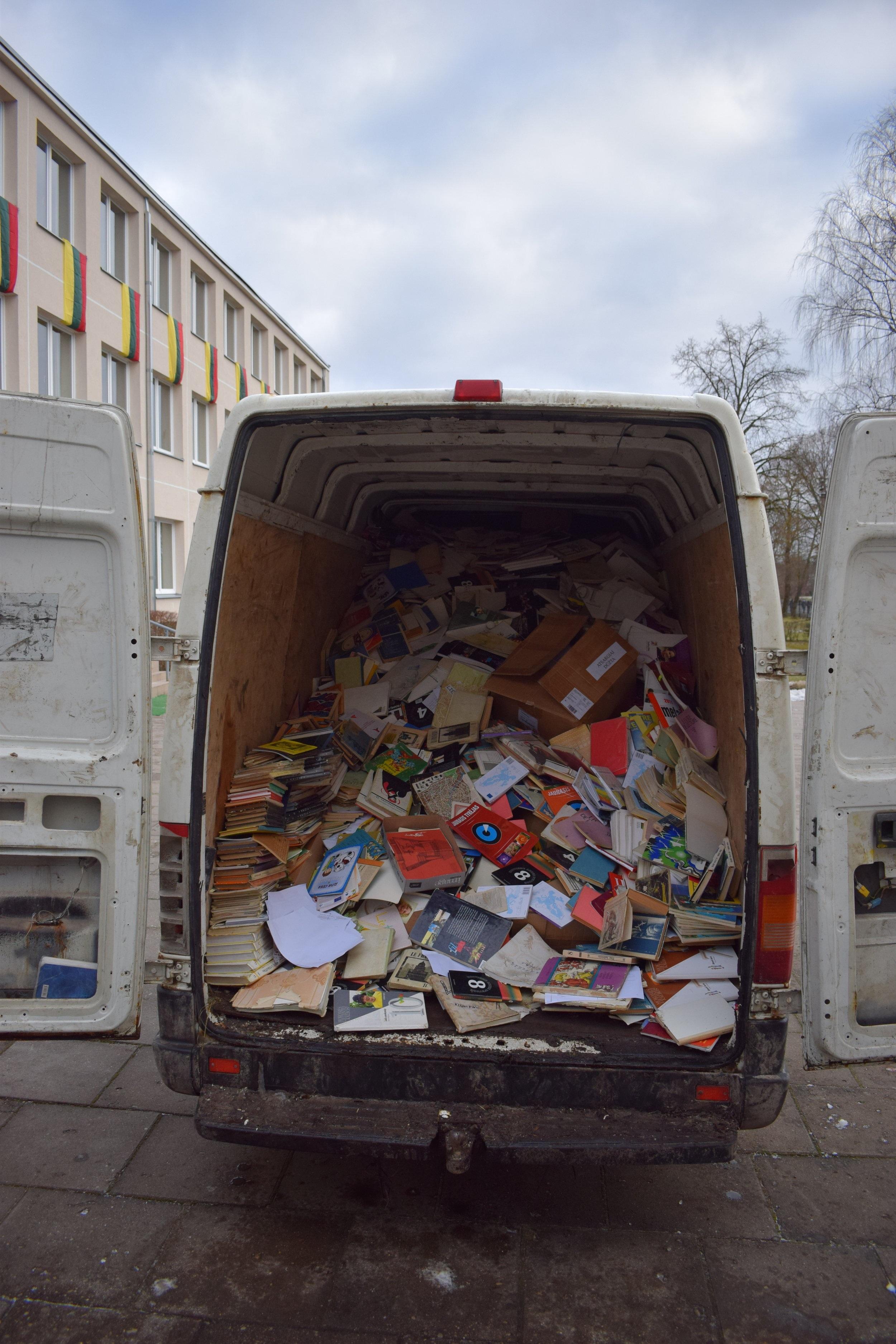 Rudiskes+Gymnasium+-+Recycling+paper1.jpg