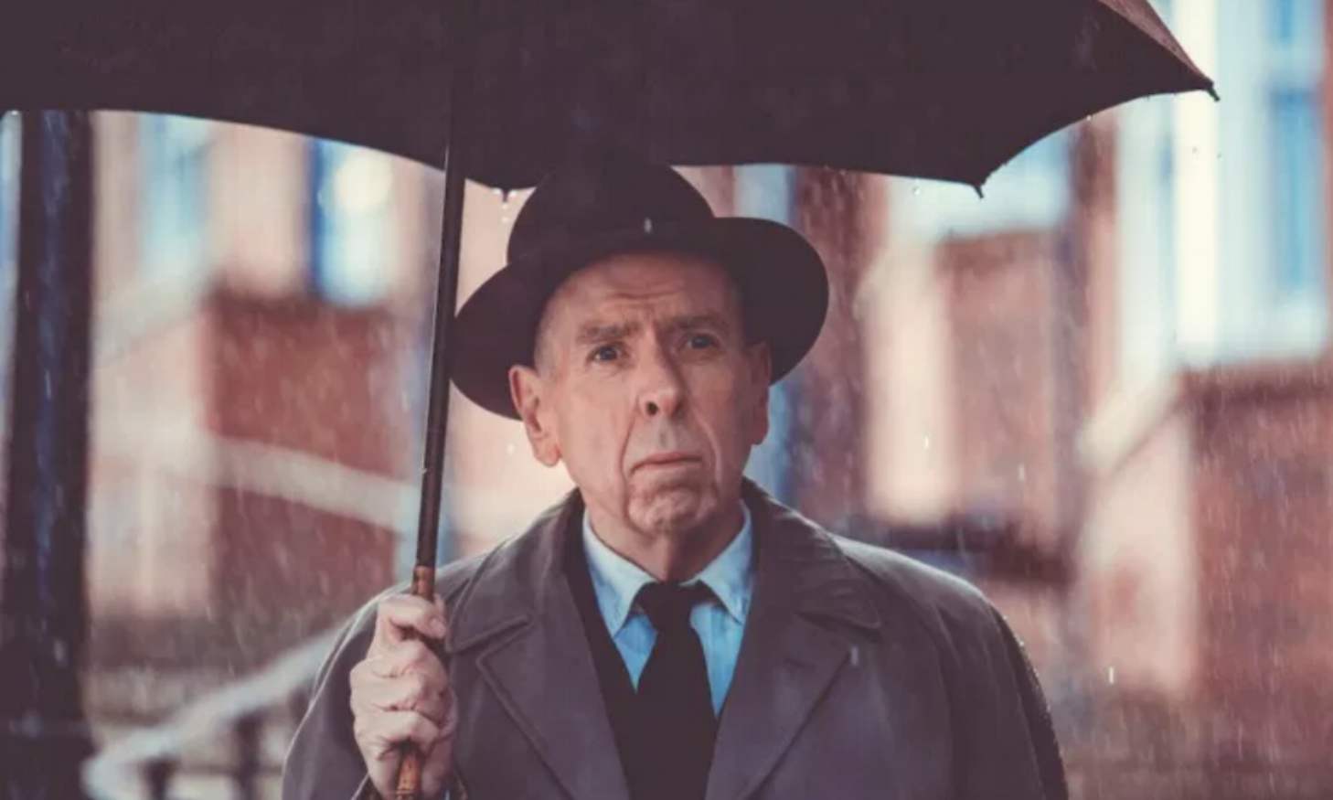 Timothy Spall as L.S. Lowry.