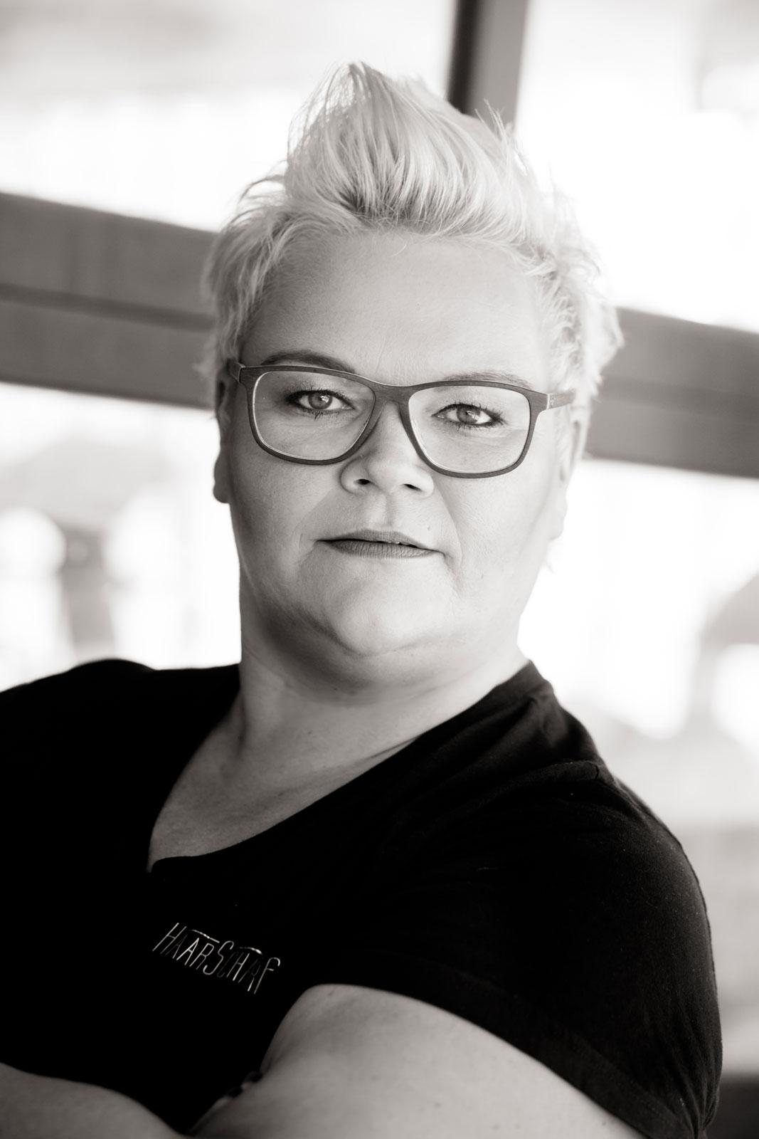 Haarscharf_Fehmarn_Hairstylist_Friseur_Salon_Burg_H0918-24_Ahlstroem_Photography.jpg