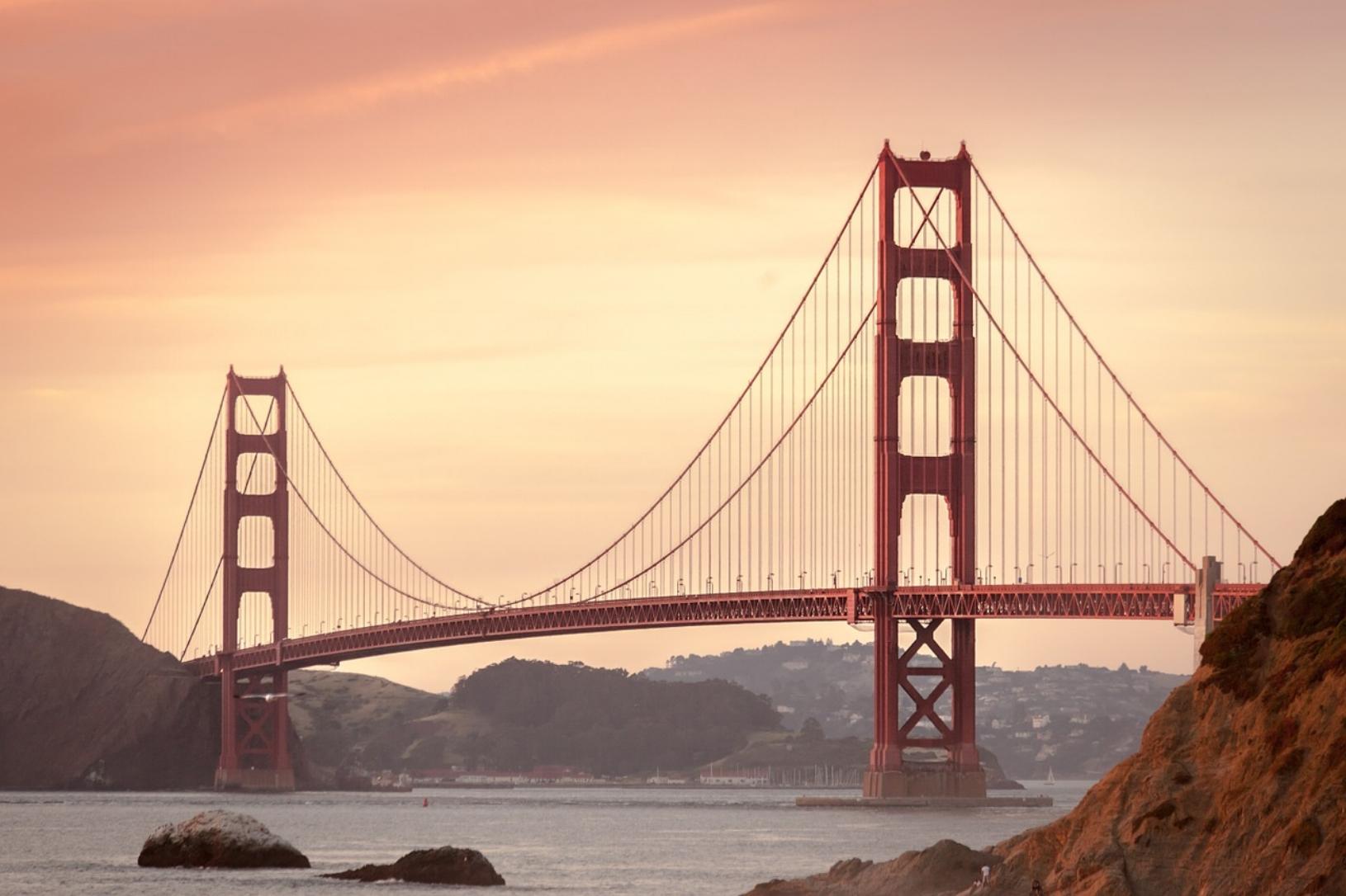 Vi HAR FLYTTET til Silicon valley! - I starten av 2019 pakket sammen hus og hjem og flyttet til California. Følg oss videre på eventyret…