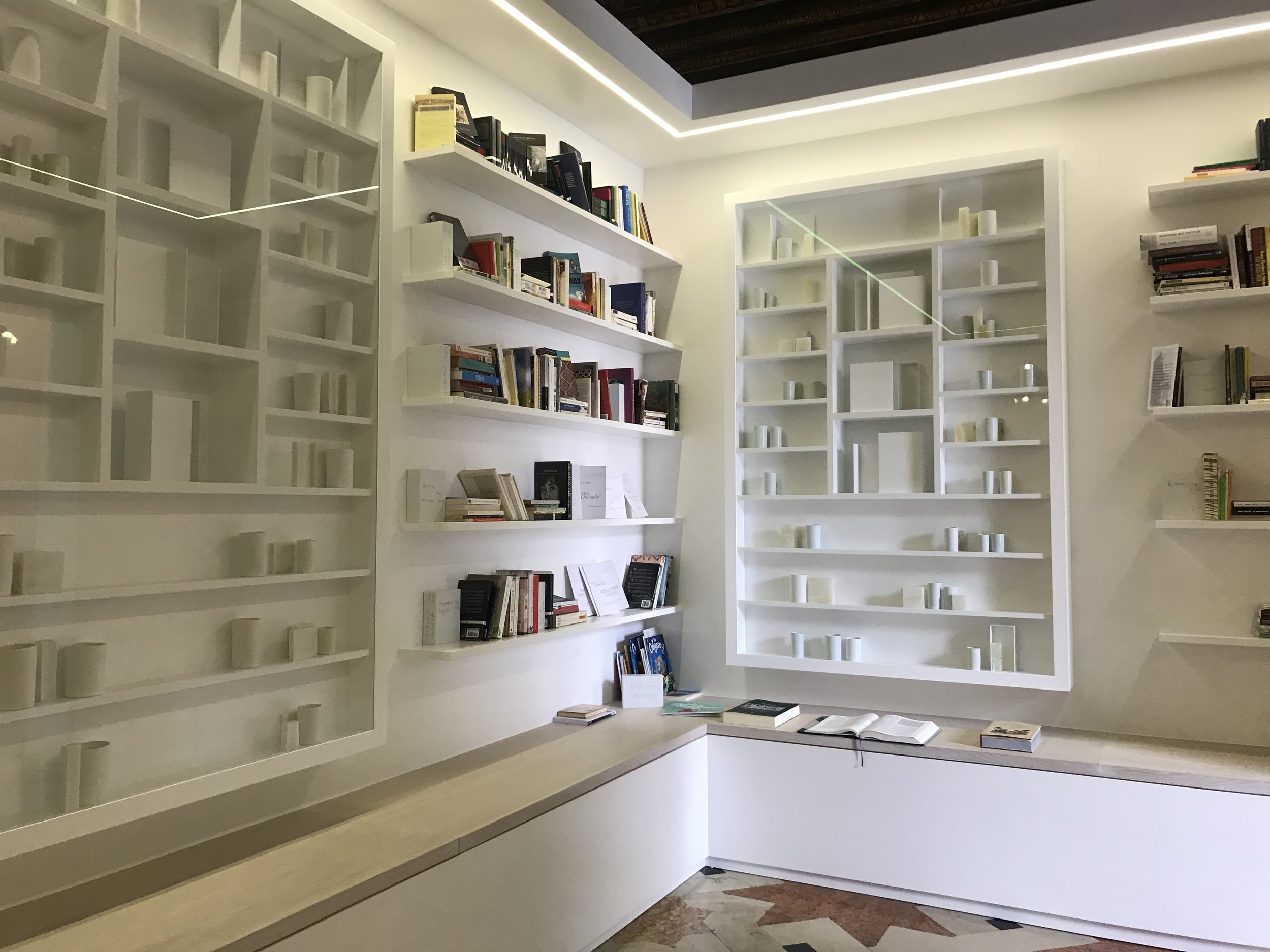 Edmund de Waal's 'Psalm' at the Ateneo Veneto, starting point for Clay Conversation, Venice on 18 September 2019